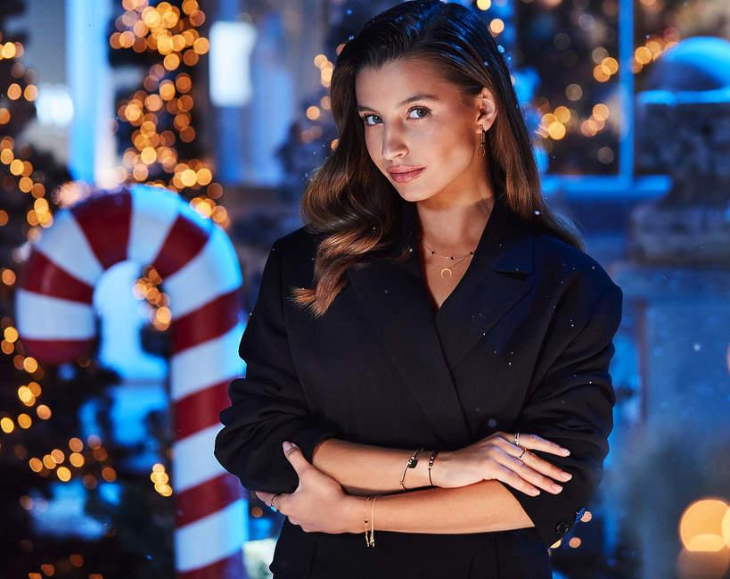 Świąteczna kampania Apart 2020 - Julia Wieniawa