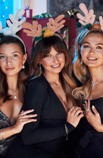 Świąteczna kampania Apart 2020 z udziałem Julii Wieniawy, Małgorzaty Sochy i Ani Lewandowskiej