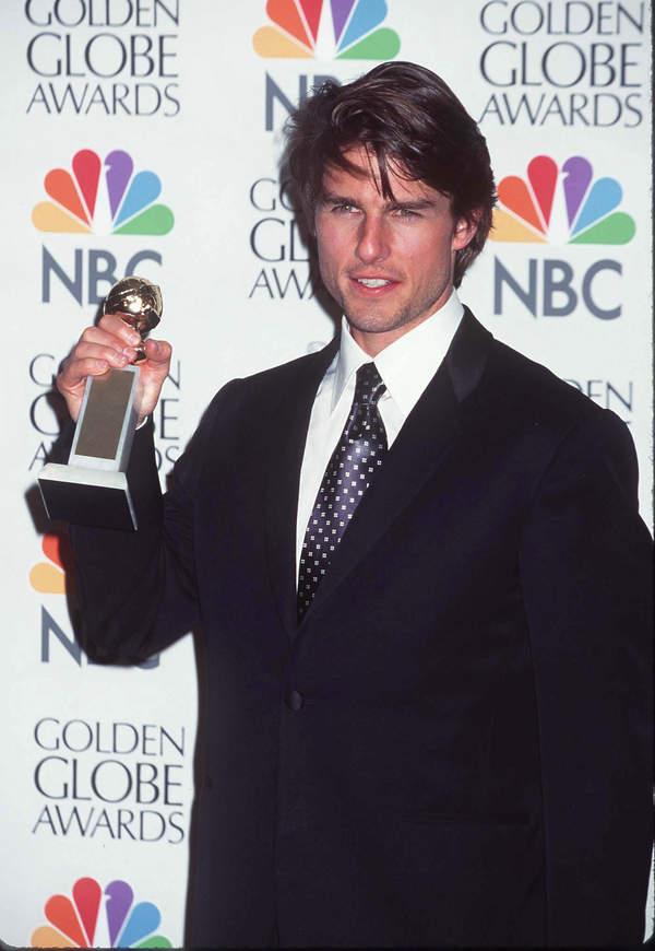 Tom Cruise oddał statuetki Złotych Globów