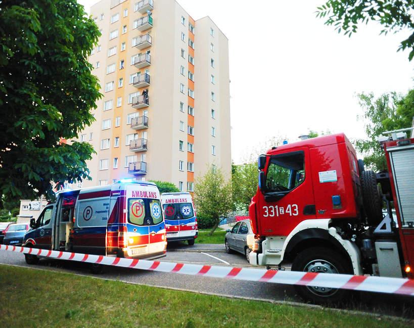 Tragedia w Koszalinie, dzieci wypadły z okna