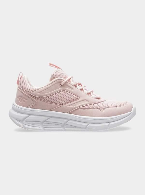 trendy-anna-lewandowska-w-sneakersach-z-sieciowki-teraz-kupisz-je-na-wyprzedazy-za-149-zlotych