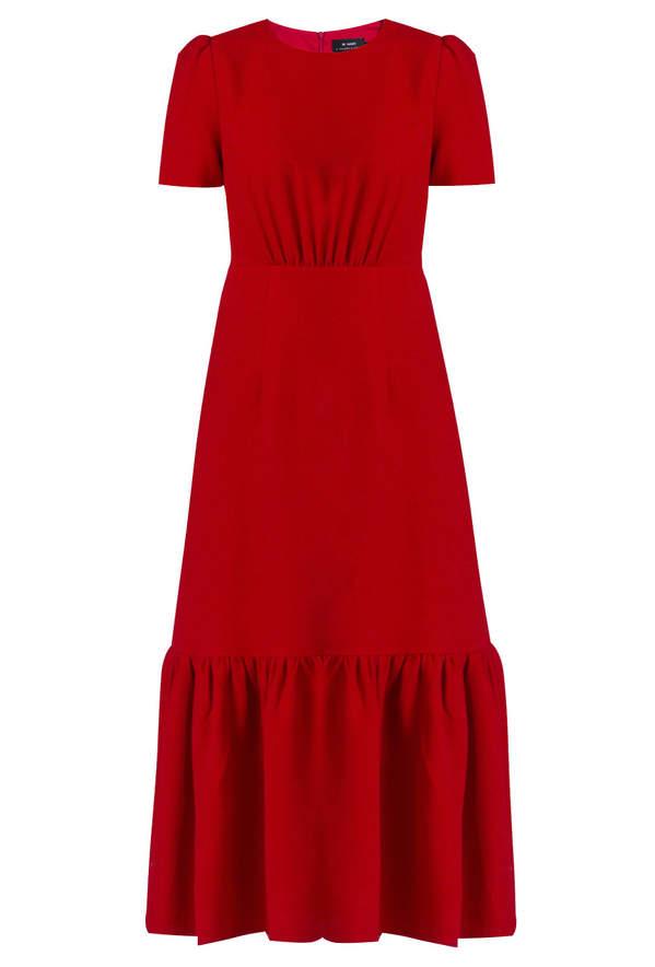trendy-jesien-zima-2020-malgorzata-socha-w-czerwonej-sukience-znajdziesz-ja-w-monnari