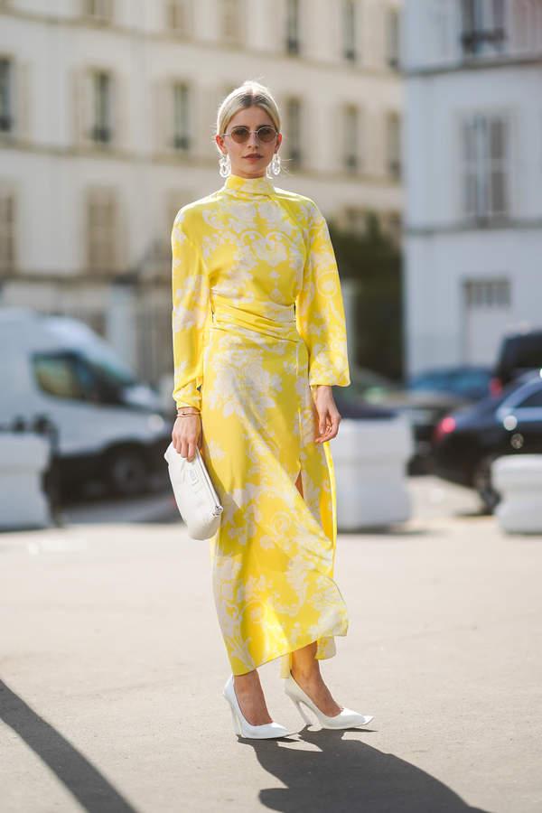 trendy-lato-2020-jak-ubrac-sie-na-chrzciny-postaw-na-modne-sukienki