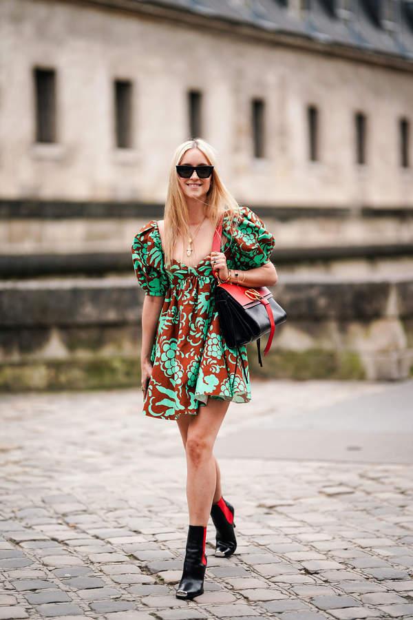 trendy-na-lato-2020-jak-nosic-modna-sukienke-typu-babydoll-ten-fason-to-hit-sezonu3