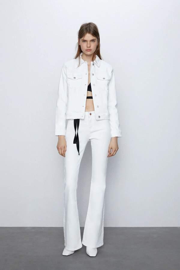 trendy-na-lato-2020-kurtka-jeansowa