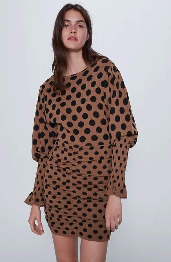 trendy-na-lato-2020-najpiekniejsze-wzorzyste-sukienki-w-modne-wzory-z-zara-i-mango9
