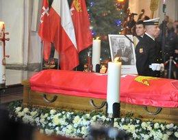 Trumna prezydenta Gdańska Pawła Adamowicza w Bazylice Mariackiej