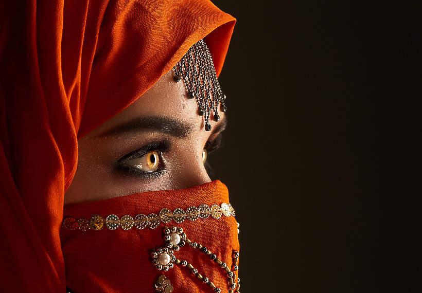 ucieklam-z-arabskiego-burdelu-laila-shukri