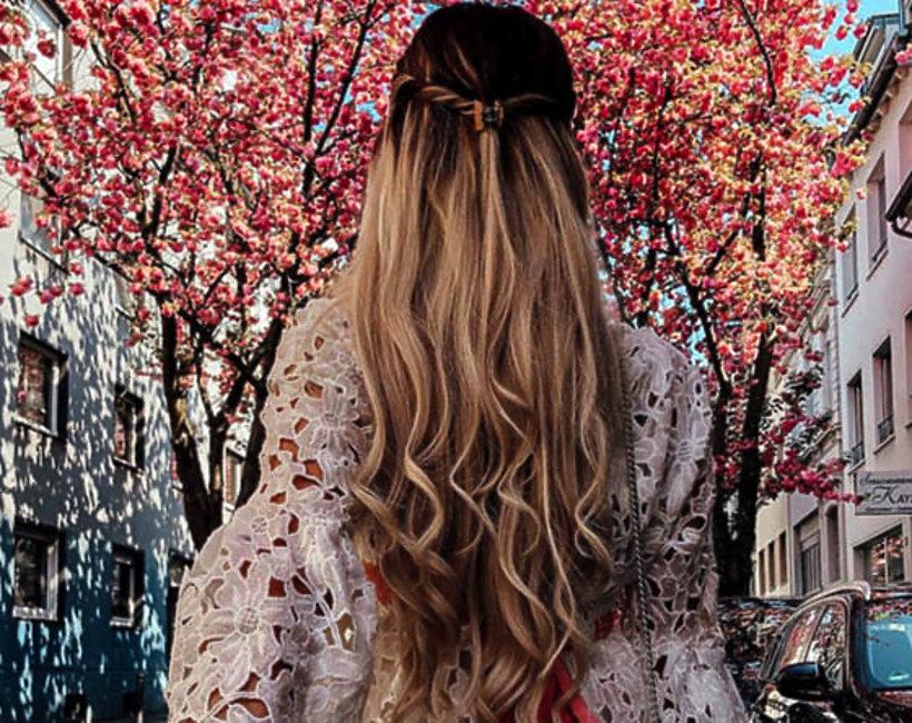 uroda, piękne włosy, pasemka