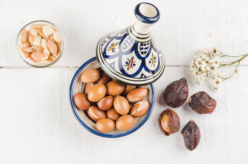 uroda, pielęgnacja, właściwości olejku arganowego