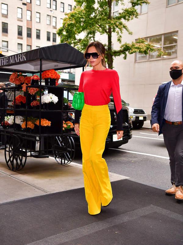 Victoria Beckham stylizacje z Nowego Jorku 2021