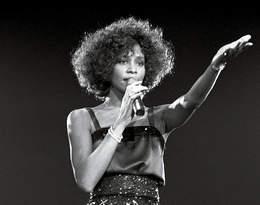 Okaleczała się, nie myła się. Szwagierka Whitney Houston ujawniamroczne oblicze gwiazdy...