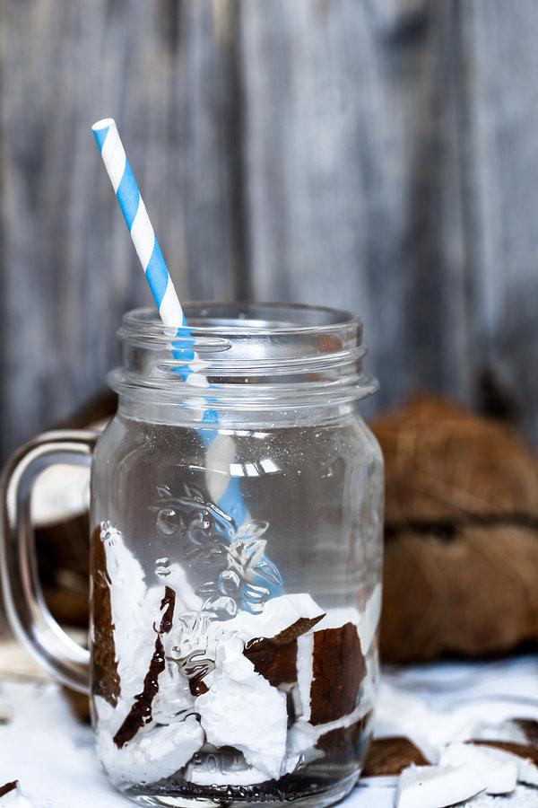 Woda z kokosem