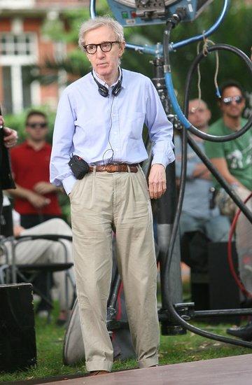 Woody Allen w błękitnej koszuli