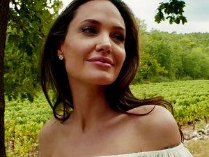 Zakochana Angelina Jolie