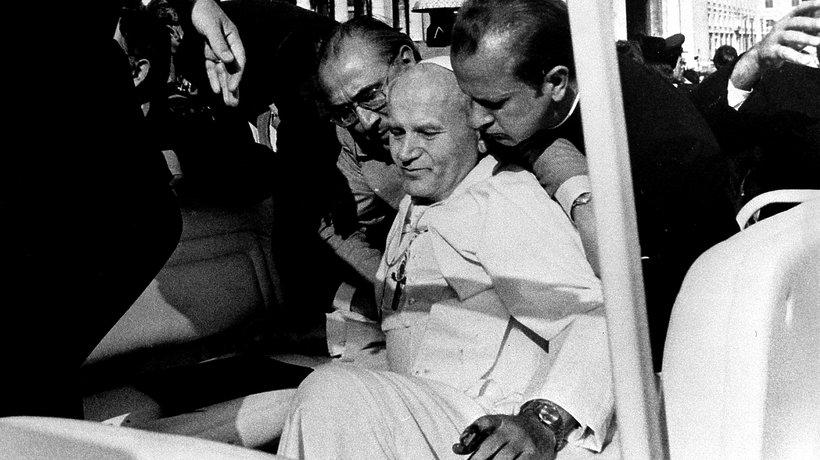 Zamach na Jana Pawła II na placu Św. Piotra, 13 maja 1981