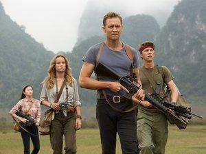 zdjęcia  z filmu Kong. Wyspa Czaszki. Tom Hiddleston