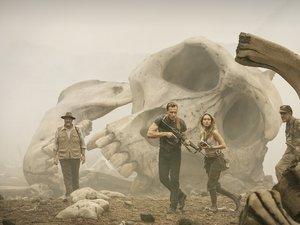 zdjęcia  z filmu Kong. Wyspa Czaszki. Tom Hiddleston, Brie Larson