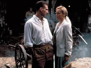 zdjęcie z filmu Angielski pacjent. Ralph Fiennes, Kristin Scott Thomas
