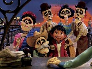 zdjęcie z filmu Coco. East News, Netflix