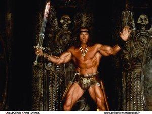 zdjęcie z filmu Conan Barbarzyńca. Arnold Schwarzenegger