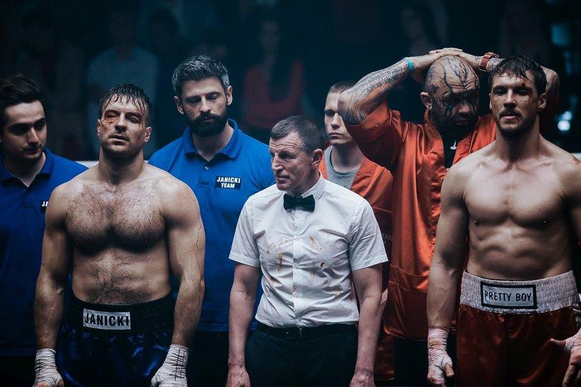 zdjęcie z filmu Fighter. Mikołaj Roznerski, Piotr Stramowski
