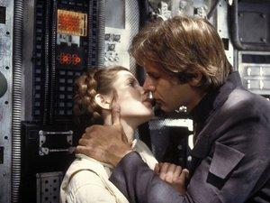 zdjęcie z filmu Imperium kontratakuje. Harrison Ford, Carrie Fisher