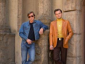 zdjęcie z filmu Once Upon a Time in Hollywood. Brad Pitt, Leonardo DiCaprio