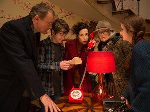 zdjęcie z filmu Paddington 2. Obsada filmu, Hugh Bonneville, Sally Hawkins