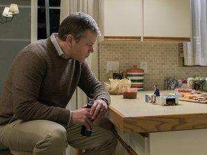 zdjęcie z filmu Pomniejszenie, Matt Damon, Jason Sudeikis. United International Pictures