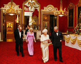 Nie było Filipa, a Harry przyjechał wcześniej. Wyciekły szczegóły spotkania u Elżbiety II