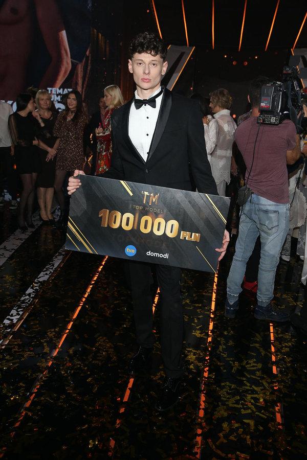 Zwycięzca Top Model 8 Dawid Woskanian