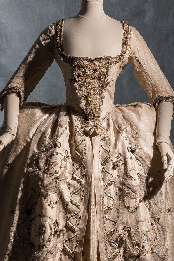 suknia z jedwabiu, tafty i satyny, ok. 1778
