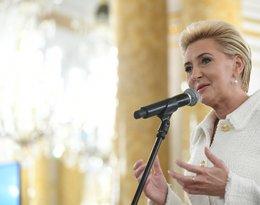 Agata Kornhauser-Duda na Zamku Królewskim w trakcie gali Człowiek roku bez barier