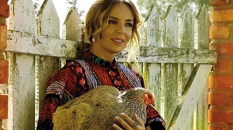 Agnieszka Włodarczyk, VIVA! październik 2016