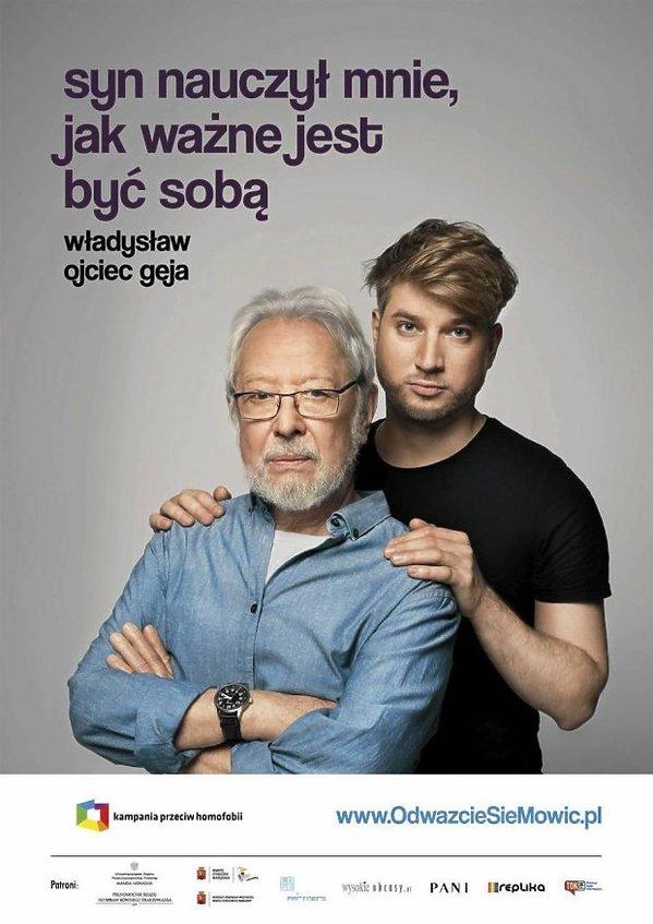 Aktor Władysław Kowalski na plakacie z synem Kubą Kowalskim w kampanii KPH