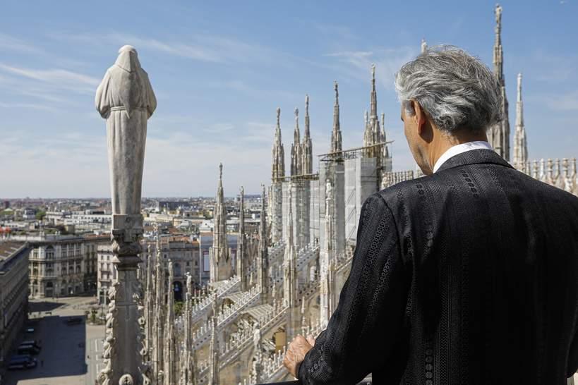Andrea Bocelli, Mediolan, katedra Duomo