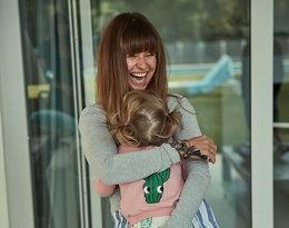 Anna Lewandowska z córeczką Klarą - przytulają się