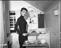 Audrey Hepburn w kuchni