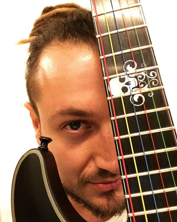Baron, gitarzysta Afromental - kim jest, co robi