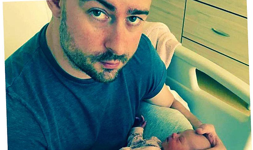 Bartek Królik z córką Jagodą, chorą na zespół Downa