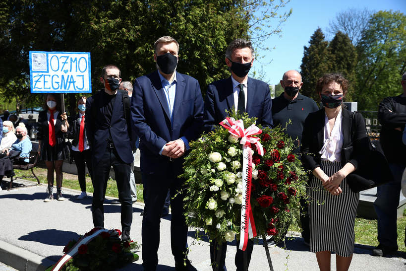 Bronisław Cieślak, pogrzeb Bronisława Cieślaka, 10.05.2021 rok, Adrian Zandberg, Maciej Gdula, Daria Gosek-Popiolek