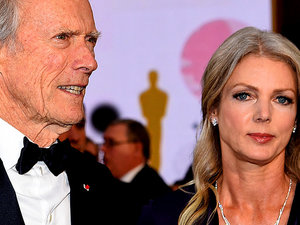 Clint Eastwood, Christina Sandera, ślub Clinta Eastwooda i 35 lat młodszej kochanki