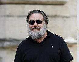 Co się stało z Russellem Crowe i dlaczego przeszedł taką niekorzystną metamorfozę?