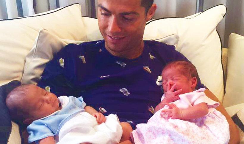 Cristiano Ronaldo, dzieci Cristiano Ronaldo, Cristiano Ronaldo bliźnięta