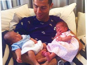 Cristiano Ronaldo, dzieci Cristiano Ronaldo, Cristiano Ronaldo bliźnięta, syn Cristiano Ronaldo, Cristiano Ronaldo Jr