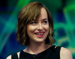 Dakota Johnson, Dakota Johnson diastema,