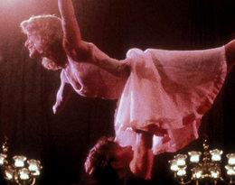 """Jennifer Grey, gwiazda """"Dirty Dancing"""", w legendarnej kreacji z filmu… 30 lat później. Takiego zdjęcia nikt się nie spodziewał!"""