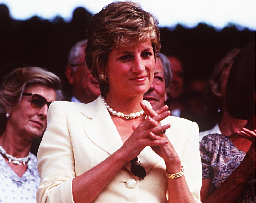 Dlaczego po rozwodzie księżna Diana przestała nosić (torebki) Chanel?