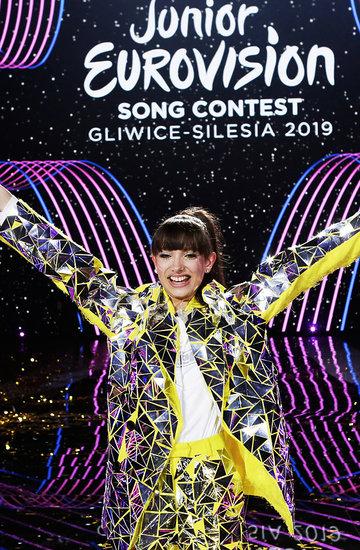 Eurowizja Junior 2019, Viki Gabor, Superhero